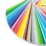 Apra il campione della guida di colore su bianco immagini stock