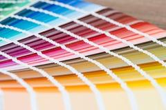 Apra il catalogo di colori del campione immagine stock libera da diritti