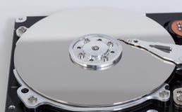 Apra il disco rigido con il disco magnetico e la testina di scrittura Fotografie Stock