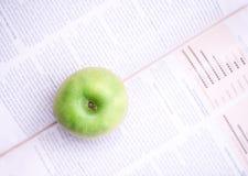 Apra il libro 2 fotografia stock libera da diritti