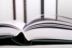 Apra il libro Fotografie Stock