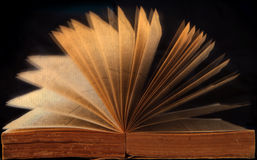 Apra il libro con l'idea creativa Fotografia Stock