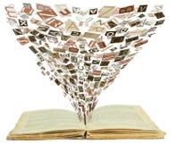 Apra il vecchio libro Immagini Stock Libere da Diritti
