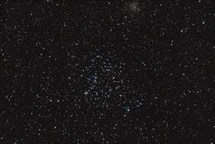 Apra l'ammasso stellare fotografie stock