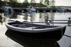 Apra la barca nella notte di metà dell'estate Immagine Stock