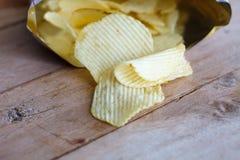 Apra la borsa con le patatine fritte Fotografia Stock Libera da Diritti