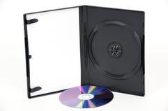 Apra la cassa bianca di DVD con un DVD viola fotografia stock