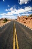 apra la strada larga Fotografia Stock