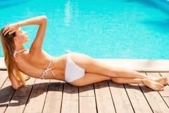 Apreciando dias de verão Imagens de Stock Royalty Free