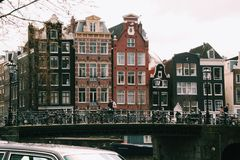 Apreciando a mola bonita na cidade surpreendente de Amsterdão, Países Baixos, 2014 Fotografia de Stock