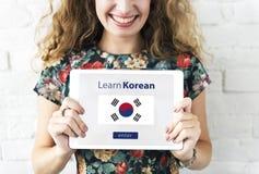 Aprenda el concepto en línea de la educación de la lengua coreana Fotografía de archivo libre de regalías