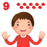 Aprenda el número y la cuenta con la mano de los kid's que muestra el número n Imágenes de archivo libres de regalías