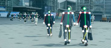 Aprendizaje de m?quina de Iot con el reconocimiento del ser humano y de objeto que utilizan la inteligencia artificial a c de las fotografía de archivo libre de regalías