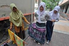 Aprendizaje del batik Fotos de archivo