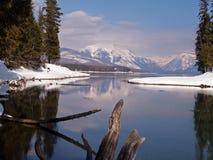 Aprendosi al lago fotografie stock libere da diritti