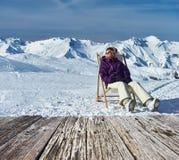 Apres-Ski an den Bergen während des Weihnachten Stockfotos