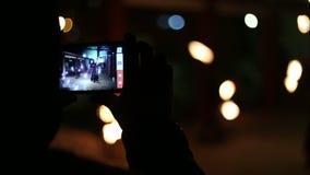 Apresentação da mostra dos artistas com fogo video estoque