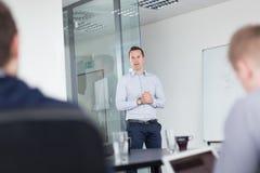 Apresentação do negócio na reunião incorporada Fotos de Stock