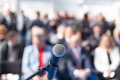 Apresentação do negócio ou conferência incorporada imagens de stock royalty free