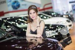Apresentador no vestido 'sexy' na 30a expo internacional do motor de Tailândia o 3 de dezembro de 2013 em Banguecoque, Tailândia Imagem de Stock
