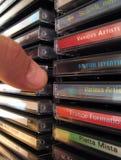 Apretón CD del estante Fotografía de archivo
