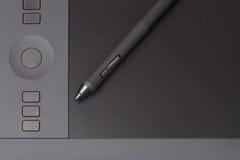 Apretón Pen On Graphic Tablet imágenes de archivo libres de regalías