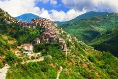 Apricale - vila medieval da parte superior do monte Fotos de Stock Royalty Free