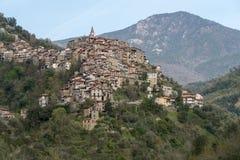 Apricale Villaggio antico, provincia di Imperia, Italia fotografia stock