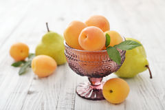Apricots and pears Stock Photography