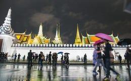 Apriete caminar alrededor de palacio o del prakaew magnífico de Wat Foto de archivo libre de regalías