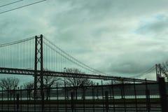 25. April Brücke von Lissabon Stockbild