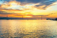 25 April Bridge Lisbona, Portogallo Immagini Stock Libere da Diritti