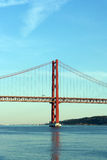 25. April Bridge, Lissabon, Portugal Lizenzfreies Stockbild