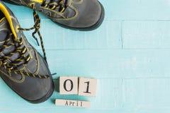 April-het concept van de dwaas` s dag samengebonden schoenveters royalty-vrije stock foto's
