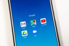 April, 2019 Kramatorsk, de Oekraïne Mobiele toepassing en spelen royalty-vrije stock foto