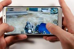 April 2019 Kramatorsk Ukraina Mobil applikationans spelar royaltyfri fotografi