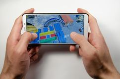 April 2019 Kramatorsk Ukraina Mobil applikationans spelar arkivbilder
