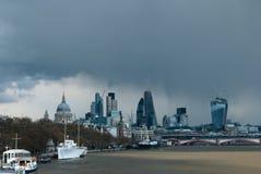 April Showers sobre Londres Imagen de archivo libre de regalías