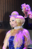 April 27 - Tel Aviv, ISRAEL - stående av en härlig blondin-modell-OMC Cosmo skönhet, 2015, Israel arkivbilder