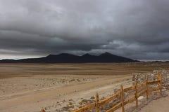 Aproaching χωριό θύελλας, έρημος Atacama Στοκ φωτογραφία με δικαίωμα ελεύθερης χρήσης