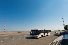 Aiport service - bus Royalty Free Stock Photography