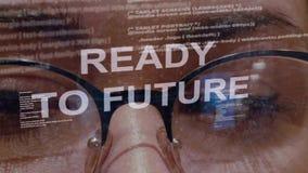Apronte ao texto futuro no fundo do colaborador fêmea video estoque