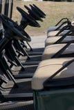 Apronte carros de golfe Fotografia de Stock Royalty Free
