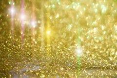 Apronte o projeto com luz da estrela e sparkles dourados Fotografia de Stock Royalty Free