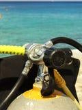 Apronte para a aventura do mergulho autónomo imagens de stock