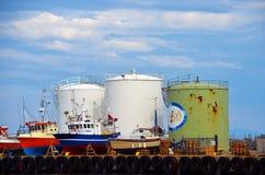 Aprovisione de combustible los silos en Andenes, Andoya, Noruega Imágenes de archivo libres de regalías