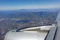 Aproximação aérea a San Francisco imagem de stock