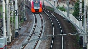 Aproximação do trem de alta velocidade video estoque