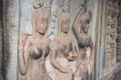 Apsara dansare på väggen i Angkor Wat, Siem Reap, Cambodja Royaltyfri Fotografi