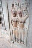 Apsara, das bei Angkor Wat Siem Reap Province Cambodia schnitzt Lizenzfreies Stockbild